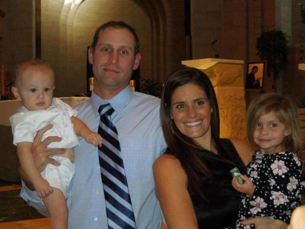 "Gase-with-his-family 10 Things You Don't Know about Head Coach ""Adam Gase"""