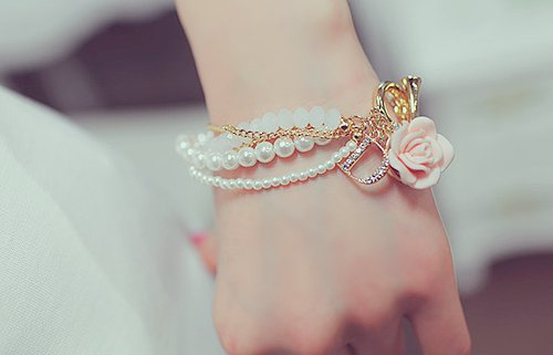 LATEST_girls_fashion_bracelets-2 Best 27+ Trendy Designs Of Bracelets For Women And Girls 2019
