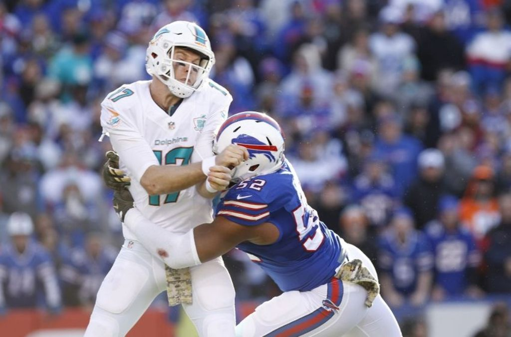 """Ryan-Tannehill-2 10 Things You Don't Know about Head Coach """"Adam Gase"""""""