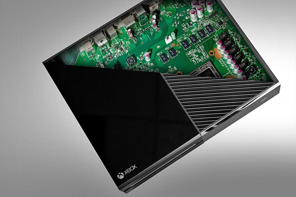"""Xbox-One-14 The All-in-One """"Xbox One"""" Has Something for Everyone"""