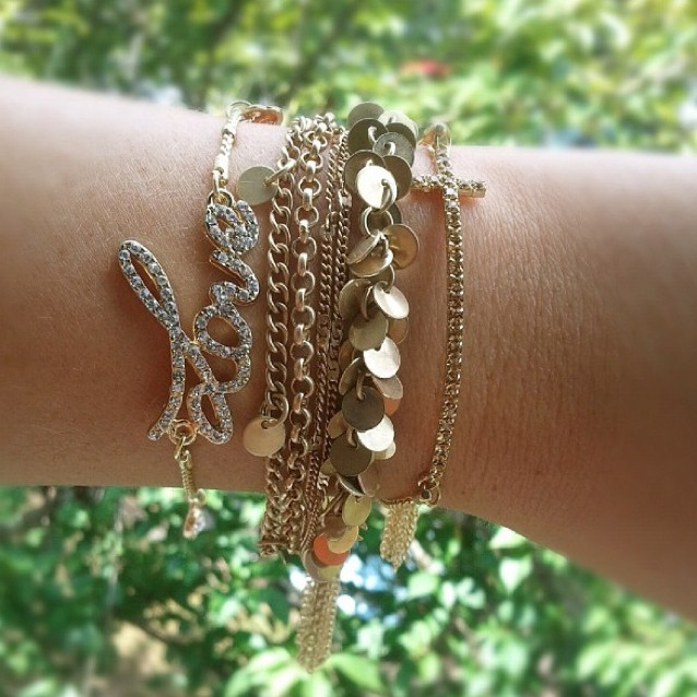 YwQs3U 27+ Trendy Designs Of Bracelets For Women And Girls 2020