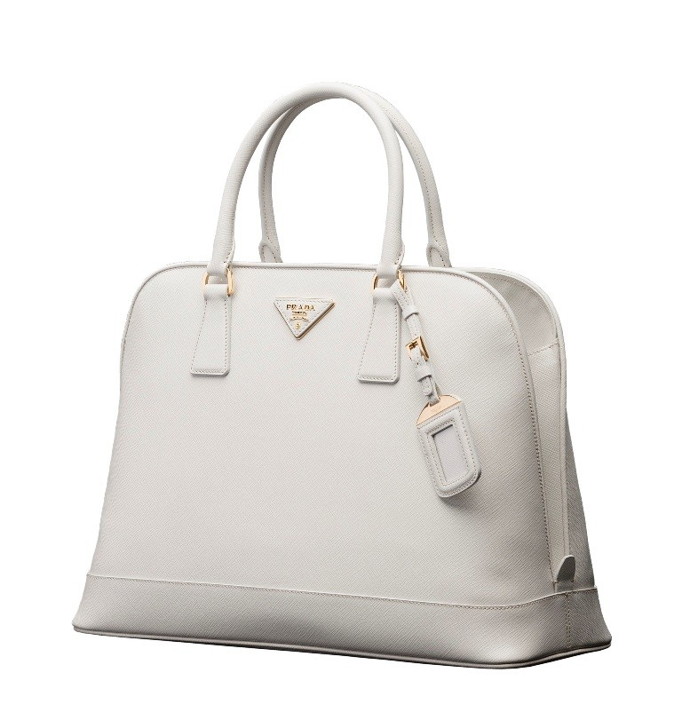 catchy-handbags-2 27 Most Stunning Mother's Day Gift Ideas