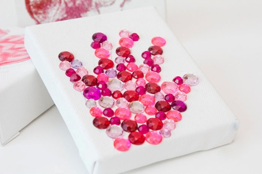 glitter-and-rhinestone-handprint 27 Most Stunning Mother's Day Gift Ideas