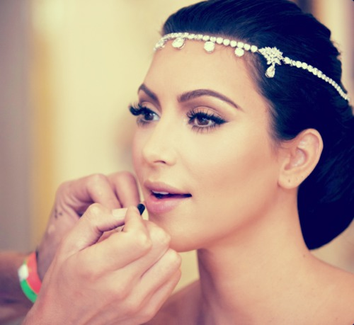 kim-kardashian-wedding-headpiece Most Elegant Design Of Bridal Hair Accessories