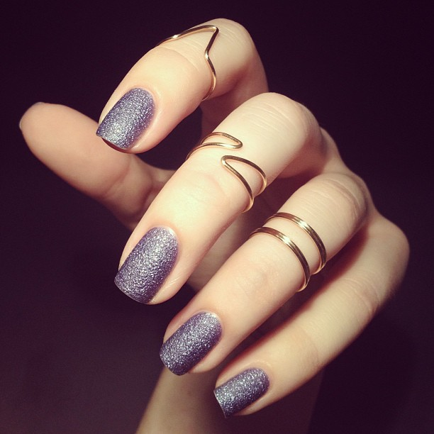 midi-rings-with-purple-chalkboard-nails 15 Trendy Designs Of Rings For Women And Teenage Girls