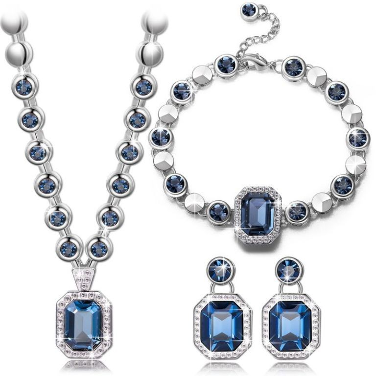 mothers-day-jewelry-1 27 Most Stunning Mother's Day Gift Ideas