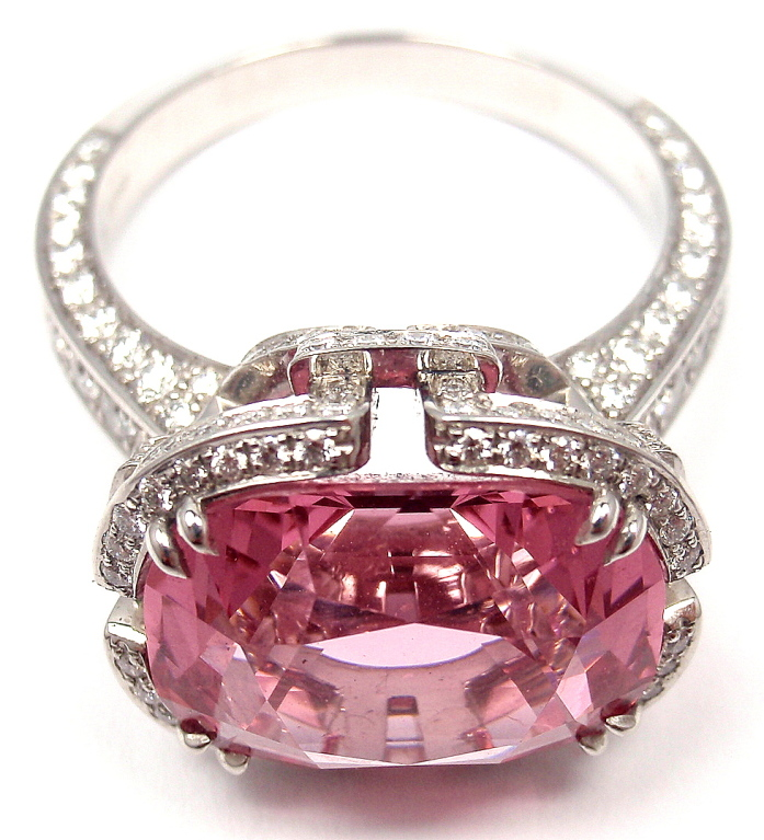 pink-diamond-engagement-rings-pictures 37+ Amazing Engagement Rings With Colored Gemstones
