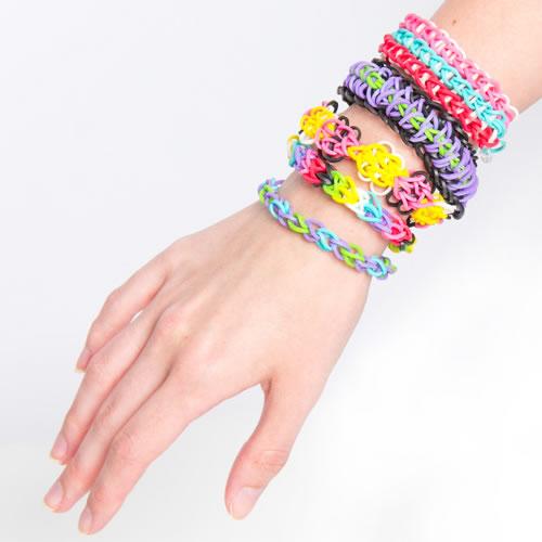 rainbow_loom_bracelets1 27+ Trendy Designs Of Bracelets For Women And Girls 2020