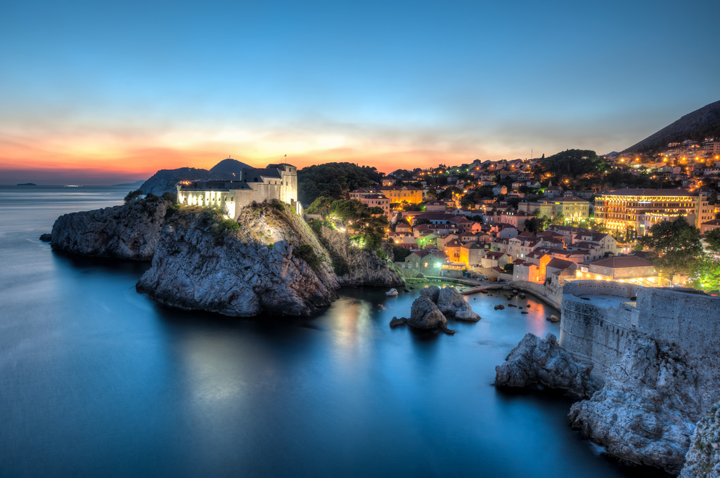 7948685436_40308846f0_b 4 Best Places To Watch Sunset Around The World