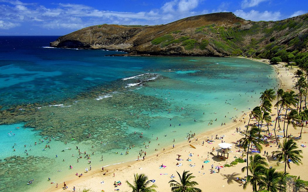 Hawaii-Secret-Beach 5 Most Beautiful Beaches in The World