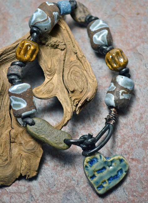 Stone-vintage-ceramic-bracelet-008-475x650 Learn The Jewelry Language ... [ 7 Easy Steps ]