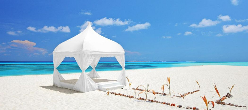 destinations-weddings-in-the-maldives-hero 5 Most Beautiful Beaches in The World