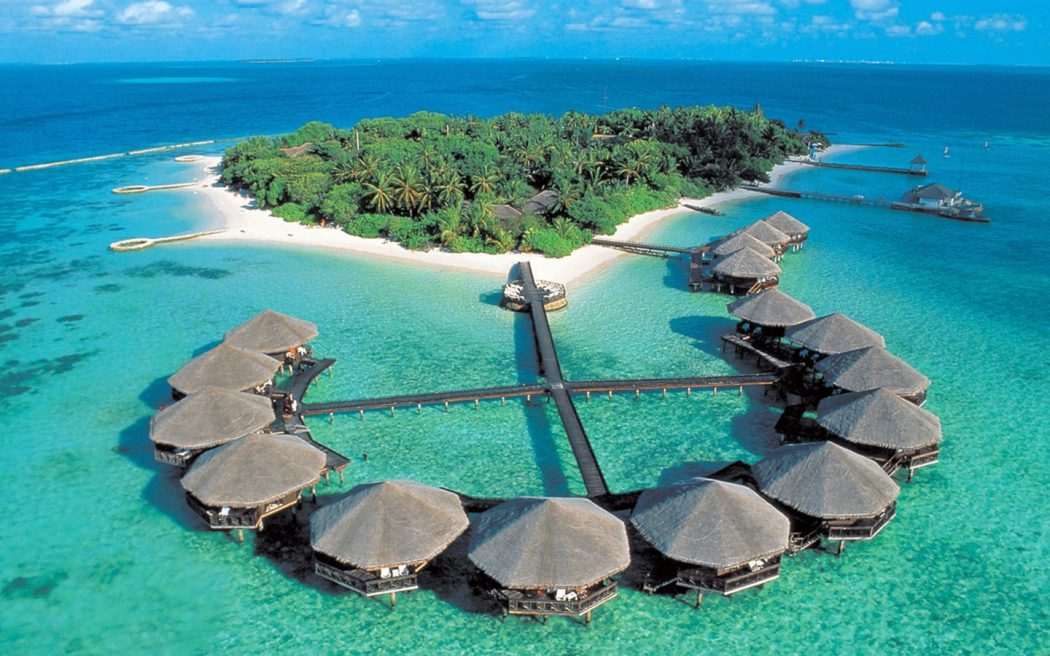 maldives-baros-island-resort 5 Most Beautiful Beaches in The World