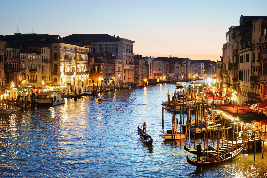 15502286268_eb8b85739d_b Everyone Loves These 4 Tourist Attraction Places in Italy
