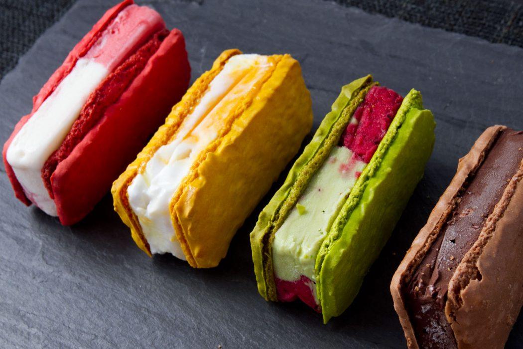 20130626-payard-macaron-ice-cream-sandwiches-angle 2 Creative Dessert Recipes That Will Impress Your Husband