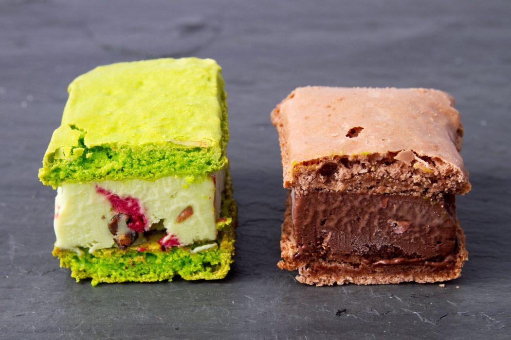 20130626-payard-macaron-ice-cream-sandwiches-innards 2 Creative Dessert Recipes That Will Impress Your Husband