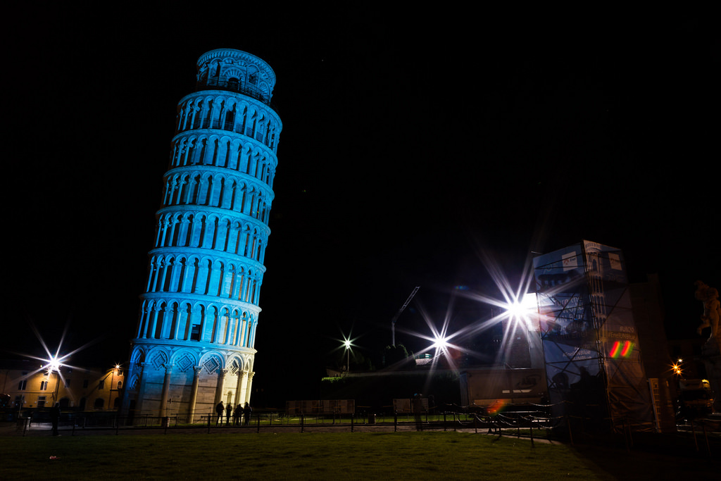 22442512241_52c815605b_b Everyone Loves These 4 Tourist Attraction Places in Italy