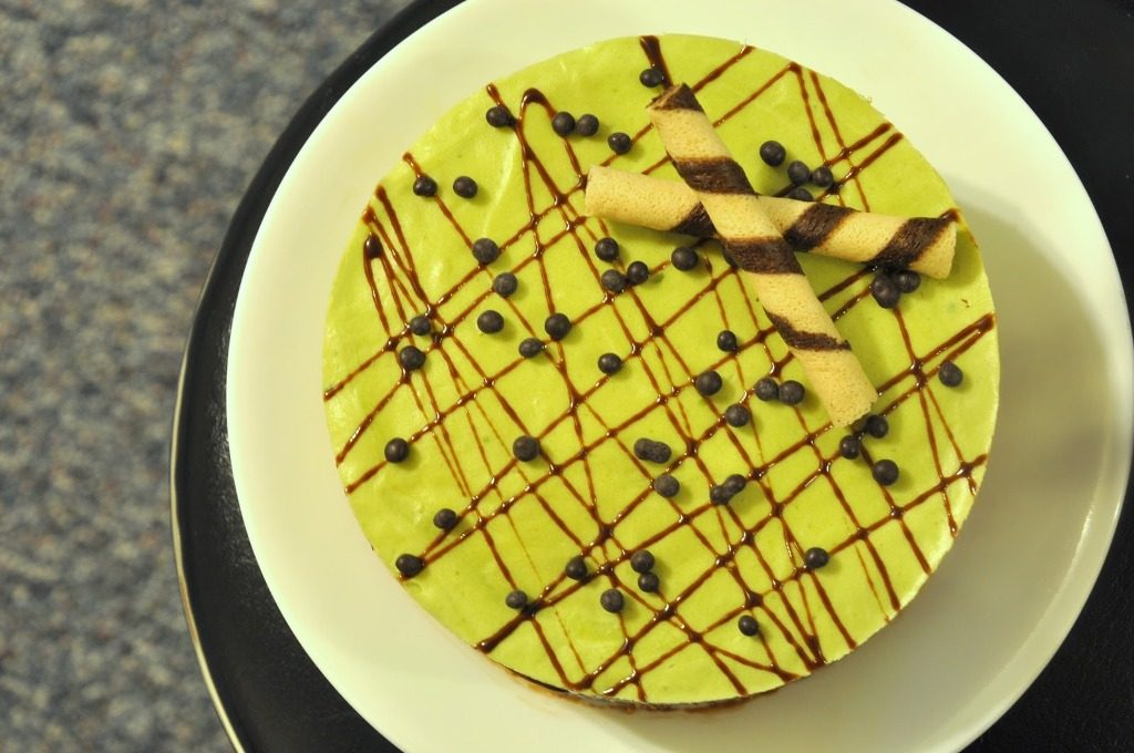 Avocado-Chocolate-Cake-with-Avocado-Butter-cream-6 Unusual Cake Recipe Ideas That You should Try  [Video Tutorials] ...