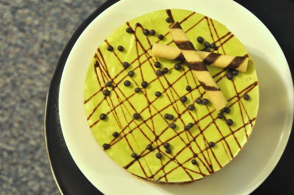 Avocado-Chocolate-Cake-with-Avocado-Butter-cream-6 Unusual Cake Recipe Ideas That You should Try  [Video Tutorials] ...