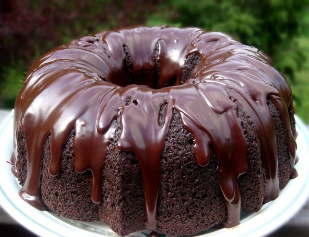 Chocolate-Truffle-Sour-Cream-Bundt-Cake-11 Easiest Chocolate Cake Recipe That Will Impress You ...