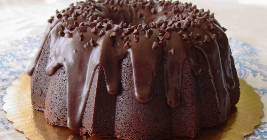 Chocolate-Truffle-Sour-Cream-Bundt-Cake-6 Easiest Chocolate Cake Recipe That Will Impress You ...