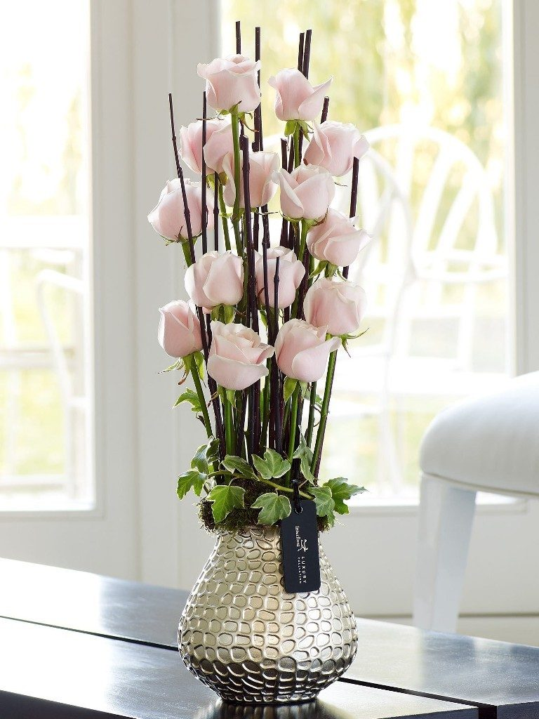 clean-your-vases-8 7 Tricks to Make Flowers Last forever ...