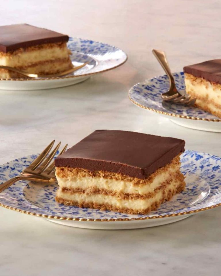 eclair-cake-and-Chocolate-Ganache-5 15 Most Unique Birthday Cake Recipes ... [With Images]