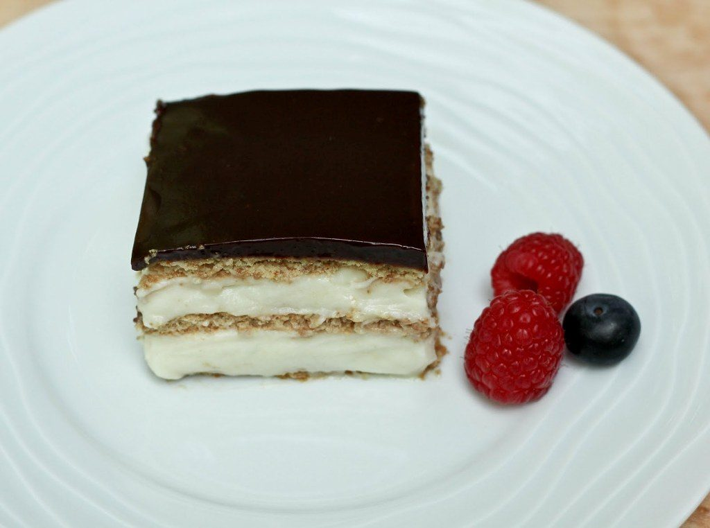 eclair-cake-and-Chocolate-Ganache-6 15 Most Unique Birthday Cake Recipes ... [With Images]