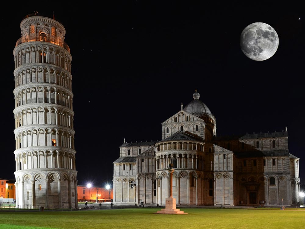 leaning-tower-of-pisa-photos Everyone Loves These 4 Tourist Attraction Places in Italy