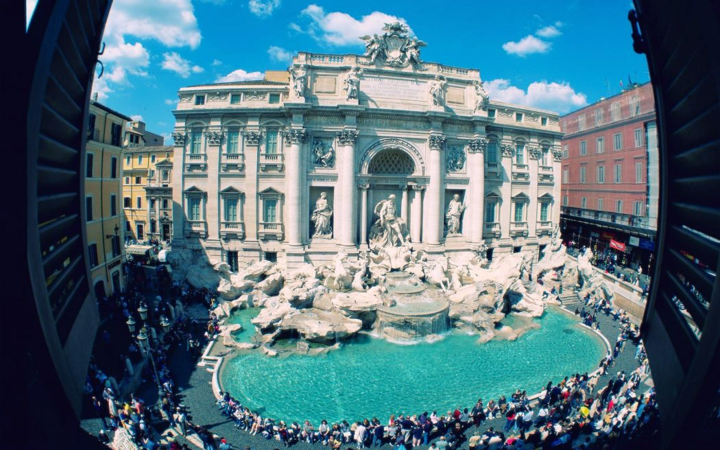 rome-italy-trevi-fountain-1920x1200 Everyone Loves These 4 Tourist Attraction Places in Italy