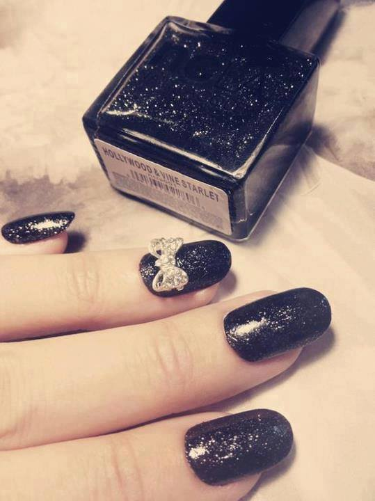 1234459_518129154931405_661404739_n 35 Nails Designs; How Do You Paint Your Nails?
