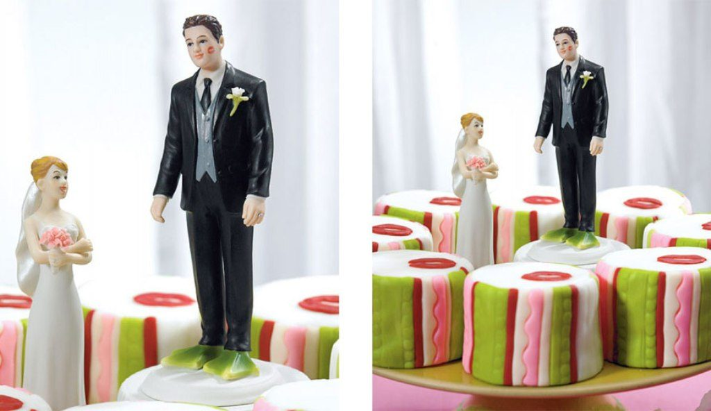 Fairytale-Ending-wedding-cake-toppers-5 50+ Funniest Wedding Cake Toppers That'll Make You Smile [Pictures] ...
