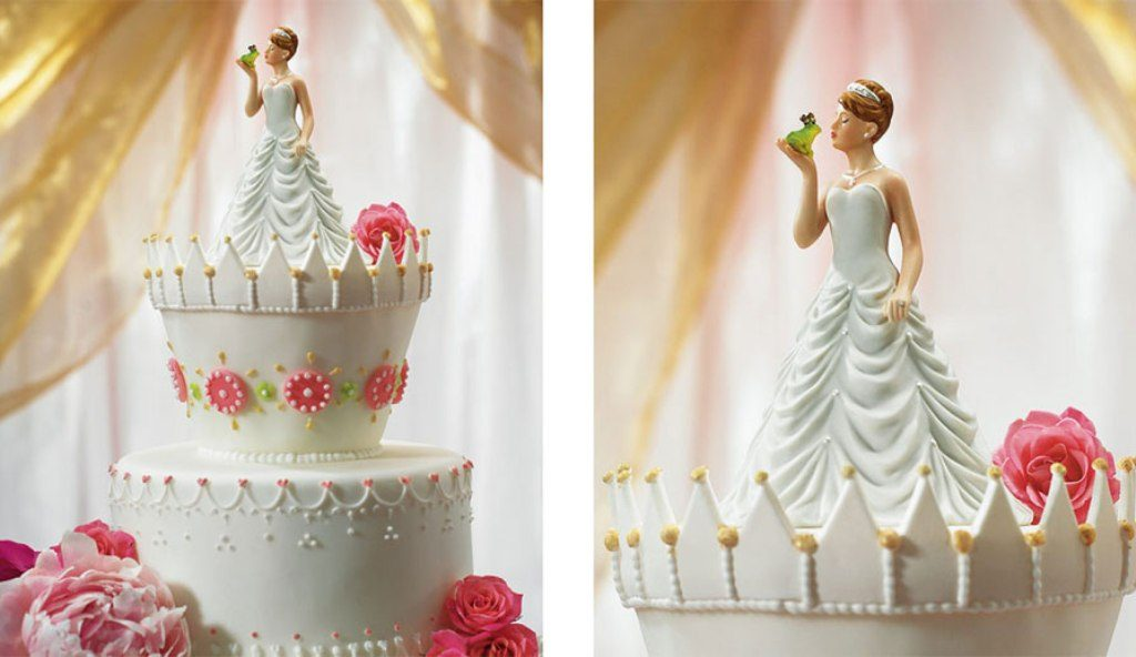 Fairytale-Ending-wedding-cake-toppers-6 50+ Funniest Wedding Cake Toppers That'll Make You Smile [Pictures] ...