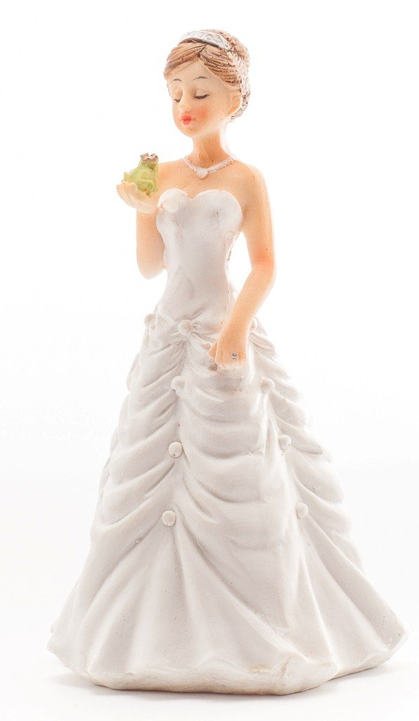 Fairytale-Ending-wedding-cake-toppers 50+ Funniest Wedding Cake Toppers That'll Make You Smile [Pictures] ...