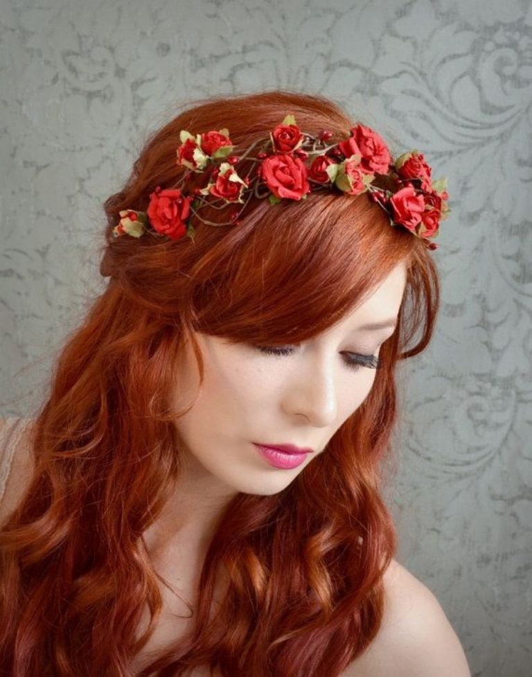 Flower-headband-3 50+ Most Creative Ideas to Put Flowers in Your Hair ...