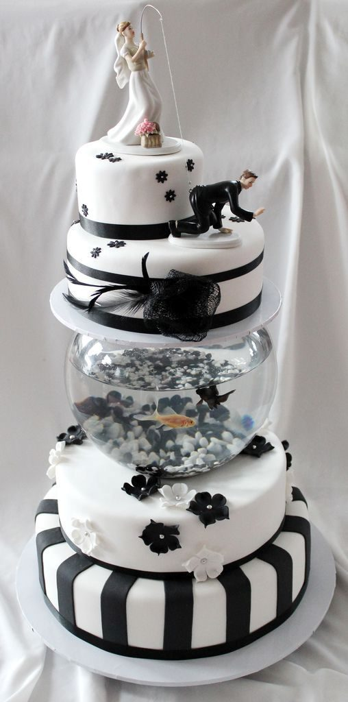 Gone-Fishing-wedding-cake-toppers-5 50+ Funniest Wedding Cake Toppers That'll Make You Smile [Pictures] ...