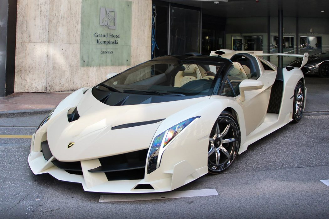 Lamborghini-Veneno-4 3 Most Expensive Cars in The World