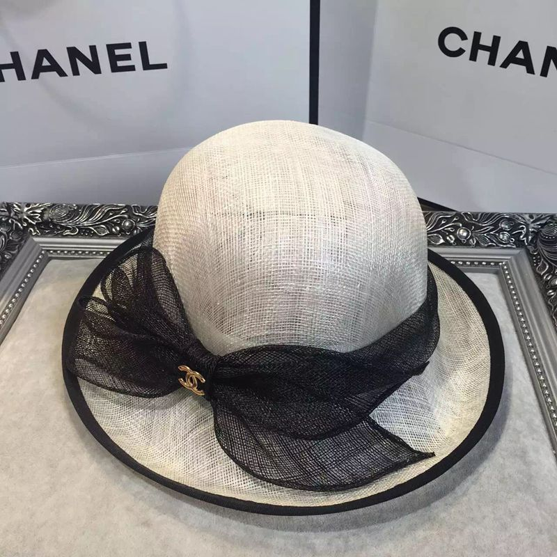 chanel-designer-brand-beach-hats-shading-caps-women-female-straw-uv-protection-sun-hat_01 11 Tips on Mixing Antique and Modern Décor Styles