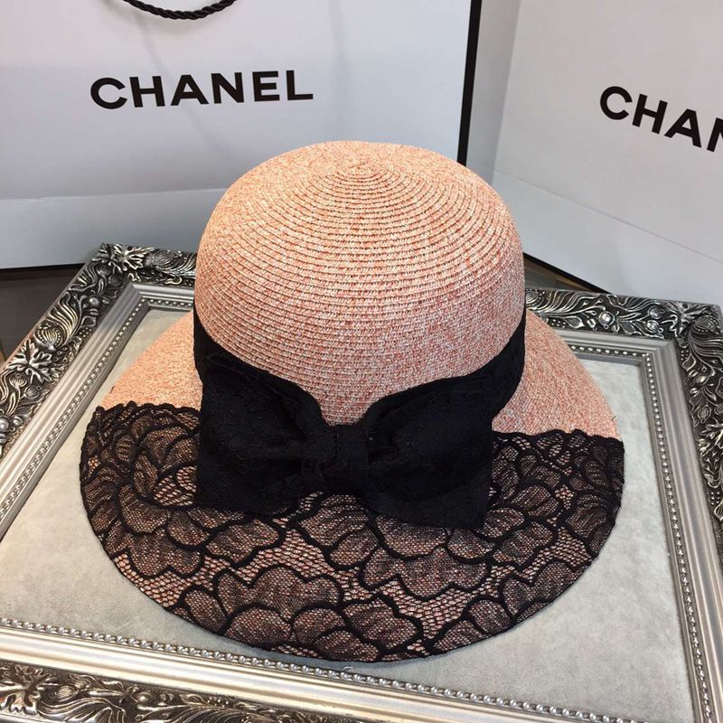 chanel-designer-brand-beach-hats-shading-caps-women-straw-uv-protection-sun-hat_01 11 Tips on Mixing Antique and Modern Décor Styles