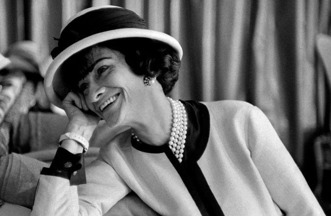coco-chanel-hat-675x441 10 Most Favorite Perfumes of Celebrity Women