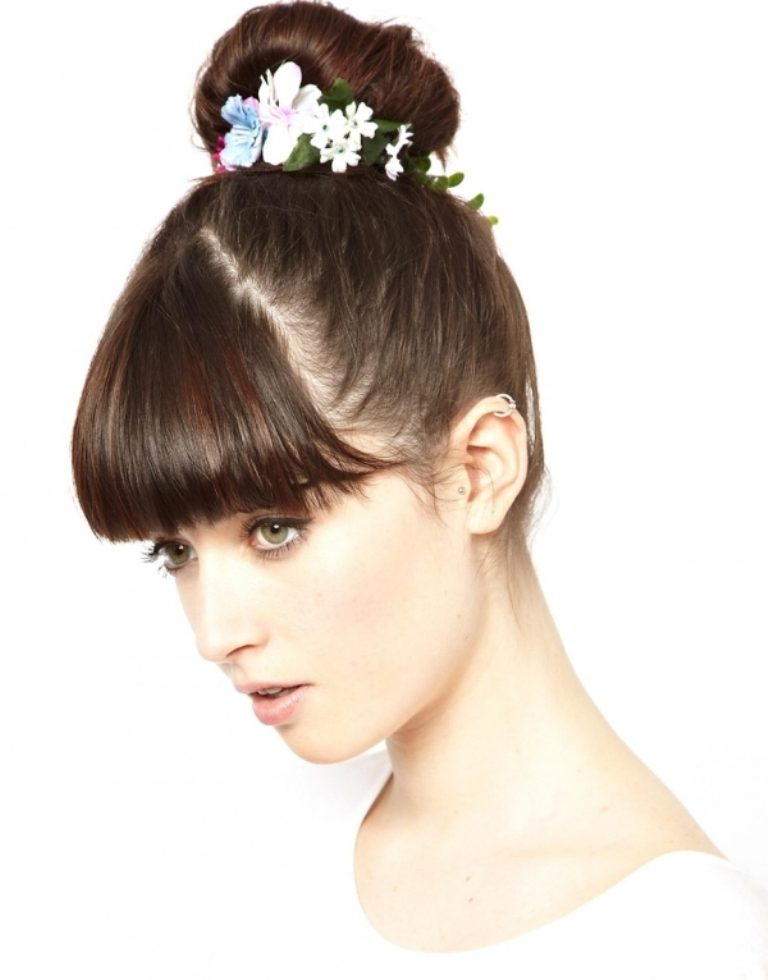 flowers-Wrapped-around-the-bun-1 50+ Most Creative Ideas to Put Flowers in Your Hair ...