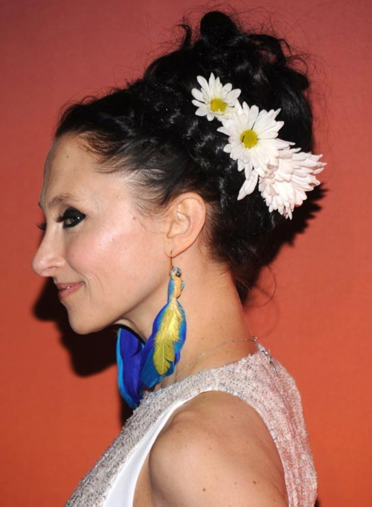 flowers-Wrapped-around-the-bun-2 50+ Most Creative Ideas to Put Flowers in Your Hair ...