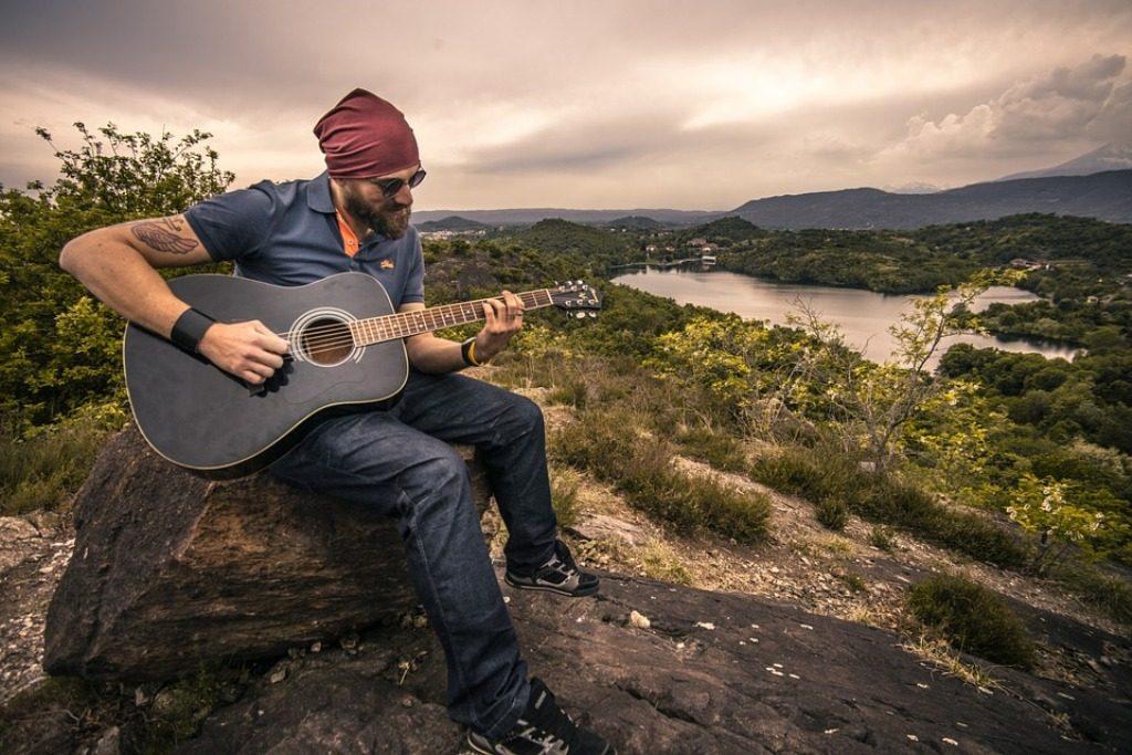 guitarist 7 Best Guitar Lessons That Make You a Better Guitarist