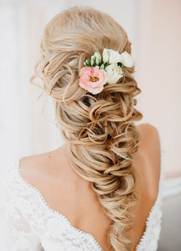 hair-flowers 50+ Most Creative Ideas to Put Flowers in Your Hair ...