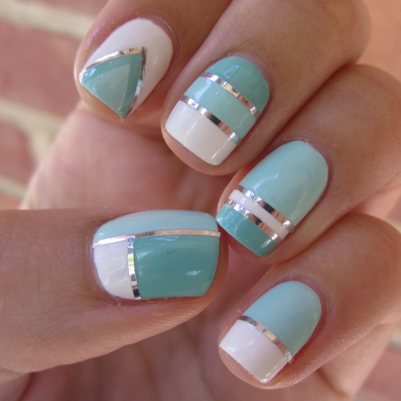 nail-art-hand-with-blue-line-color 35 Nails Designs; How Do You Paint Your Nails?