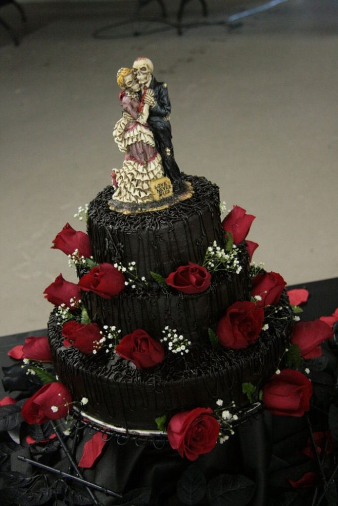 united-till-death-separates-us-wedding-cake-toppers 50+ Funniest Wedding Cake Toppers That'll Make You Smile [Pictures] ...