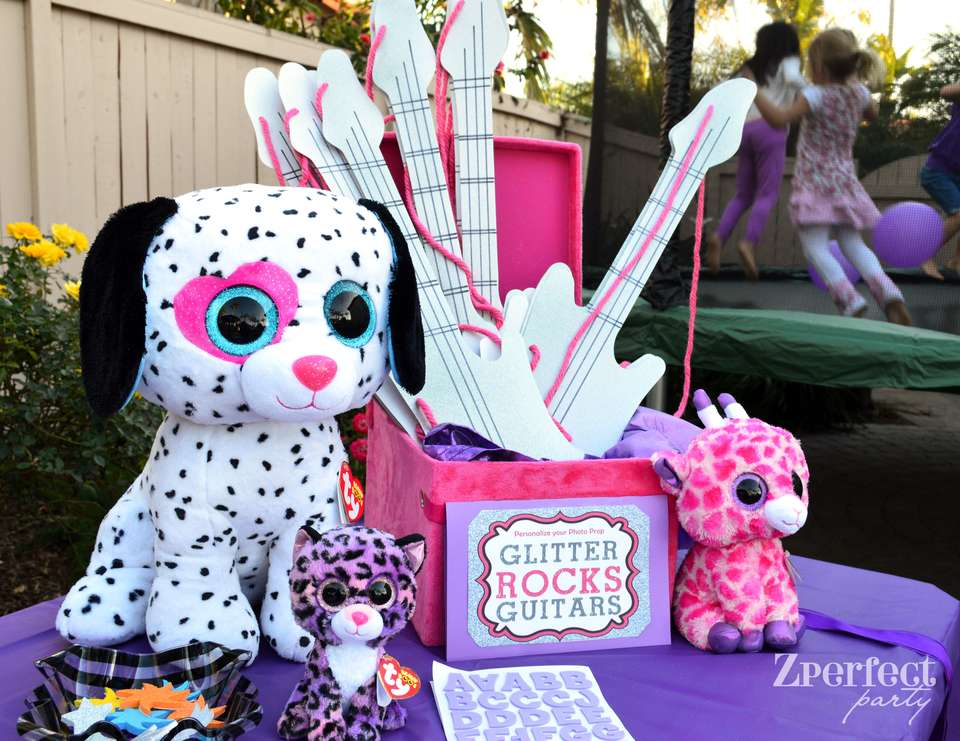 zperfect_party_glitter_guitars_crafting_table 4 Most Creative Beanie Boo Birthday Party Ideas