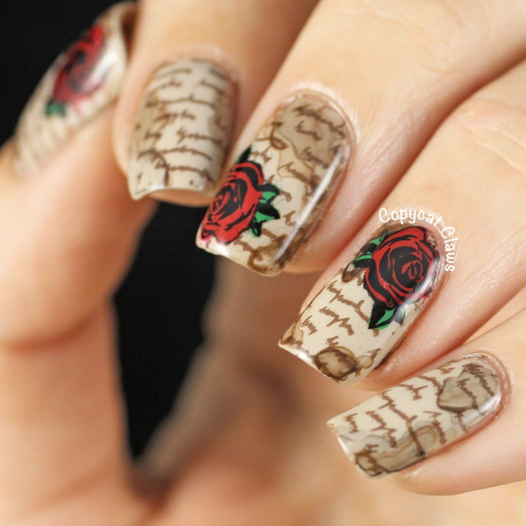 16-new-newspaper-nail-designs 20+ Creative Newspaper Nail Art Design Ideas