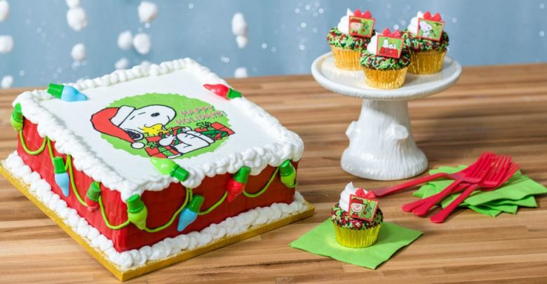Ideas For Decorating A Round Christmas Cake