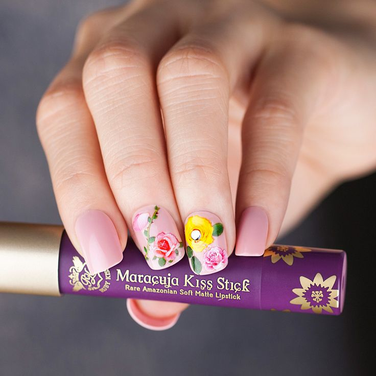 66a0ab64fbc81a68d716a2e284af7b61 50+ Coolest Wedding Nail Design Ideas